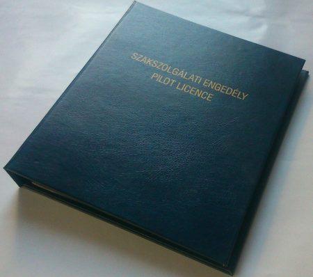 Pilot document holder
